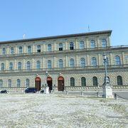 煌びやかな部屋の連続!ヴィッテルスバッハ王家の宮殿