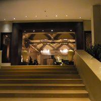 ホテルの入り口です