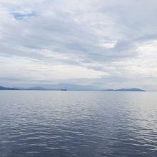 天気は良くなかったけど、船からの琵琶湖の景観は最高