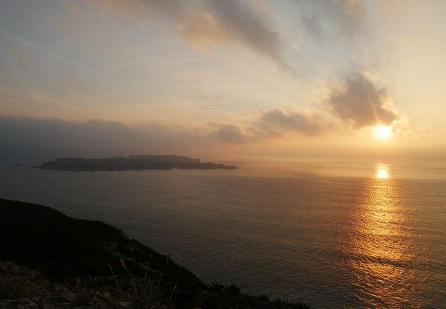 新島石山展望台からの夕陽