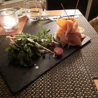 レストランでの夕食(別料金です)