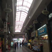 桃谷駅前商店街