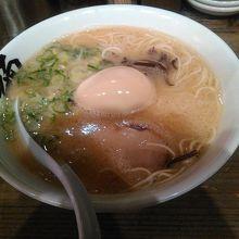 丁寧なスープの味わい