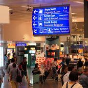 大空港だが利用者数も多いアタチュルク国際空港