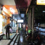 大雨の金沢ゴールドカレー バンコク(スクンビット39店)