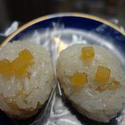 10月の「朔日餅」は栗が入っていてとてもおいしい。絶品です。