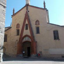 サントルソ教会と鐘楼