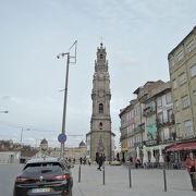 グレリゴス教会の高い鐘塔です