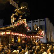 豪華絢爛な囃子屋台が集うユネスコ無形文化遺産登録の祭り