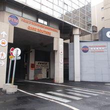 バスターミナルの入り口です。