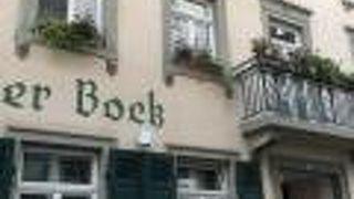 ホテル ヴァイサー ボック