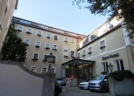 ドム ホテル 写真