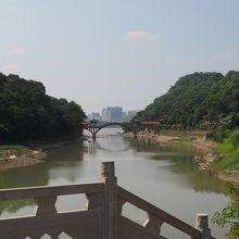 大仏から直接南下する道は、この橋まで下り再び上り道になります