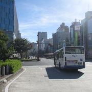 岡山駅は桃太郎で囲まれていました。