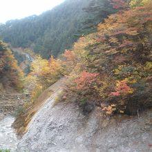 周囲の景観 紅葉の盛り