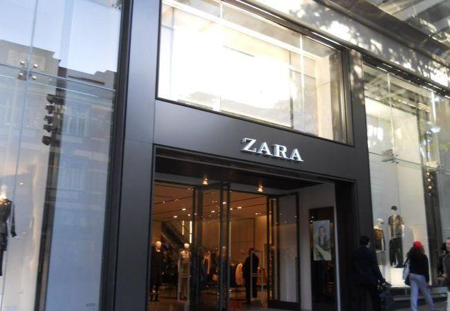 ZARA (クイーン ストリート店)