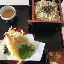 天ぷらそばが美味しい