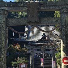 諫早公園近くにある神社です
