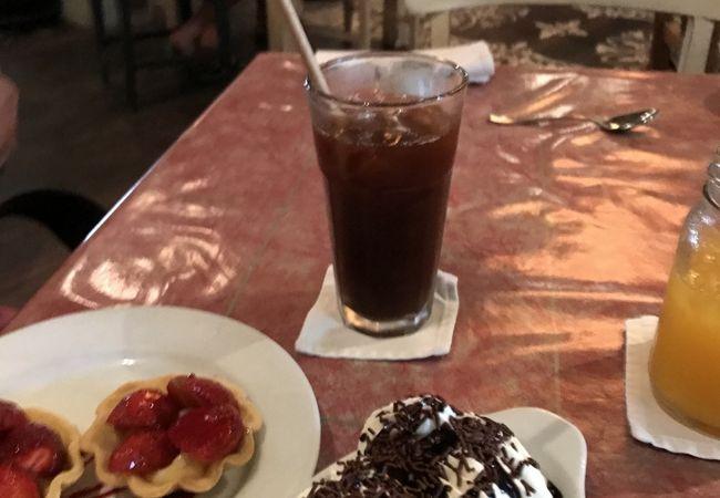 カフェ バリ