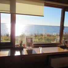 野付湾の風景を眺めながらいただく海鮮メニュー