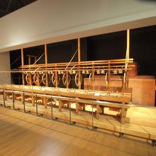蚕糸業に関わる展示