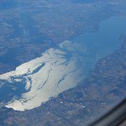 お天気さえよければ、上空10kmからでも目視確認できるレマン湖の大噴水