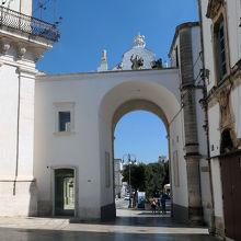 サント ステファノ城門