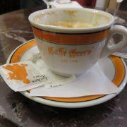 老舗のカフェ・・・