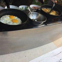 バイキングの卵料理コーナー