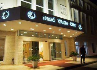 グランド ホワイト シティ ホテル 写真