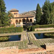 アルハンブラ宮殿最古のパルタル宮に立つ塔