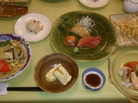 料理宿 宮寿司 写真