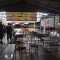 写真:Taman Selera フードコート