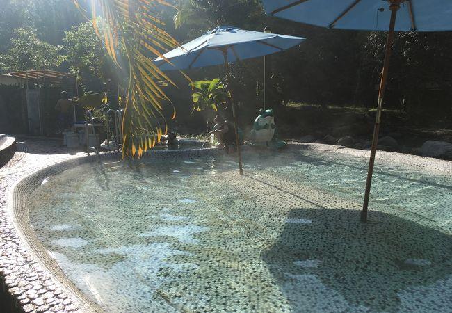 ラックサワリン温泉