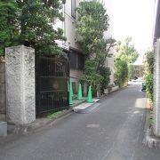 入口は離れていますが、感通寺とはお隣同士。
