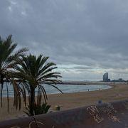 素晴らしい海沿いの風景