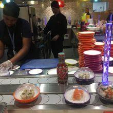 空港回転寿司