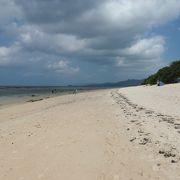 人も少なくて広い米原ビーチ