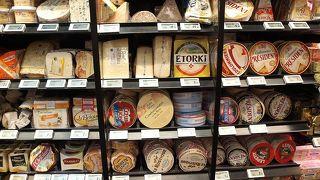 パリのスーパーと言ったら