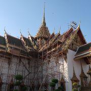 王宮内で最も古い建物です