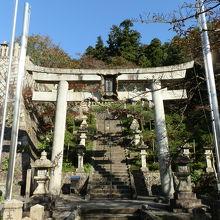 加茂神社から醒井宿を眺めてみよう