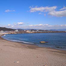 静かで綺麗な海でした