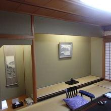 和室10畳です