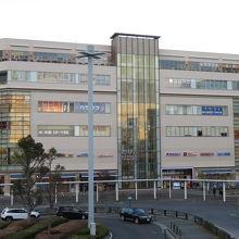 JR辻堂駅前に立地する商業施設
