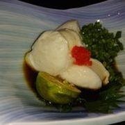 沖縄料理と海鮮料理が楽しめる湯田の隠れ家