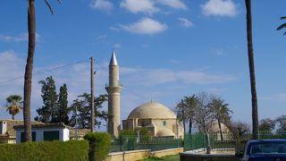 ハラ スルタン寺院