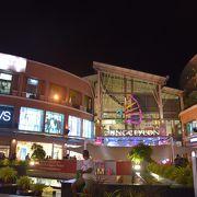 大きなショッピングセンター