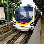 (MTR迪士尼)夢の国は電車から始まっています。 )