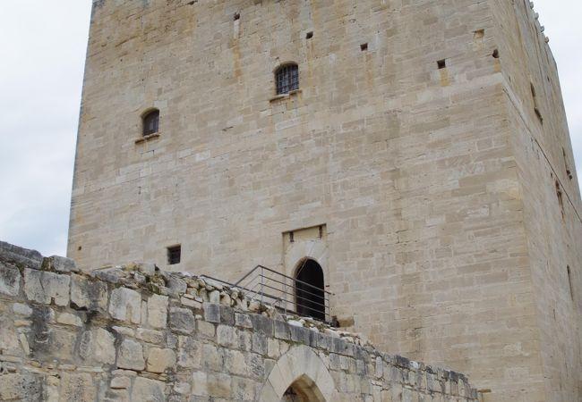 コロッシ城
