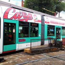 カープのラッピング電車
